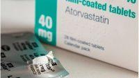 Dược sĩ tư vấn sử dụng thuốc điều trị rối loạn mỡ máu Atorvastatin
