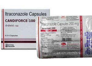 Dược sĩ hướng dẫn sử dụng liều dùng của thuốc Itraconazole