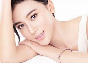 Liệu căng da mặt có nguy hiểm đến sức khỏe không?