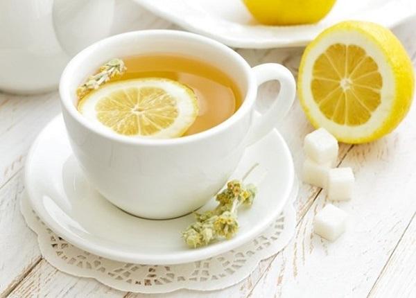 Chanh rất giàu vitamin C và chất chống oxy hóa đem lại nhiều lợi ích cho sức khỏe