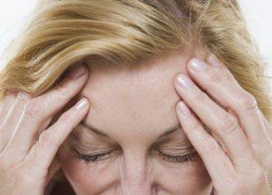 Xoa bóp bấm huyệt chữa thiểu năng tuần hoàn não