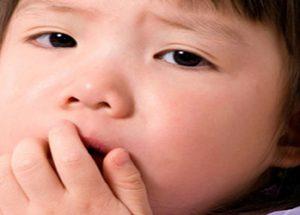 Những mẹo hay trị ho cho trẻ từ các bài thuốc nam