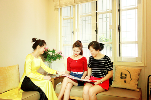 http://duochocvietnam.edu.vn/wp-content/uploads/vien-tham-mi-ha-noi.png
